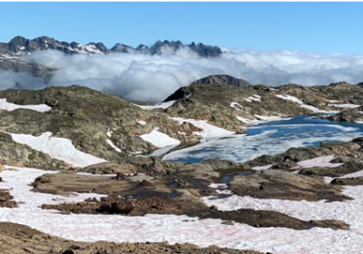 Day hike – Alpe d'Huez, alpine lakes and Pic Blanc.