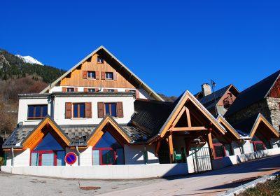 Flumet's centre