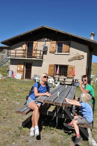 Refuge du Fay and its terrace