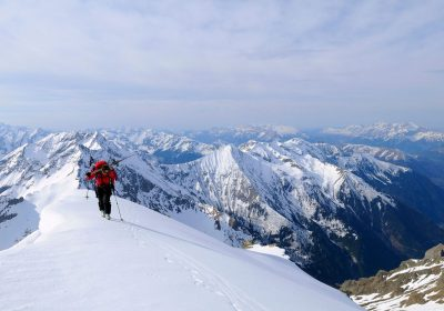 Ski touring from the Col d'Ornon