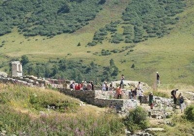 From Alpe d'Huez to Col de Sarenne – Hiking