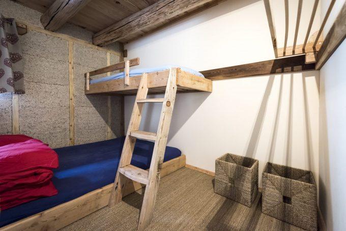 Room for 3 – Refuge de la Chamoissière – Villar d'Arène – La Grave