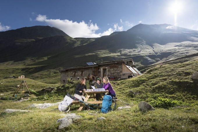 Refuge de la Chamoissière, base camp for hiking – Villar d'Arène – La Grave