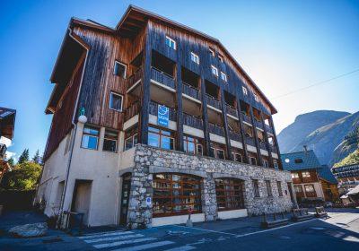 Ski and snowboard courses – UCPA