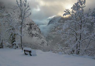 Snowshoeing – Venosc Village – Le Ferraret
