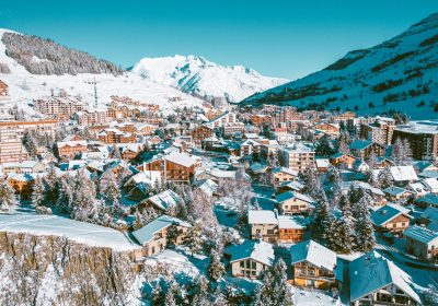 2 Alpes Resa – Ski and snowboard rental