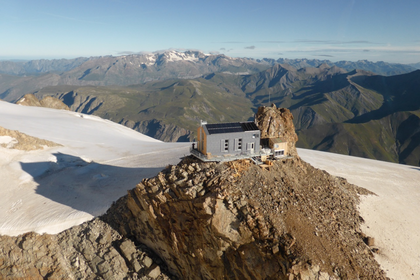 "Mountain Hut ""de L'Aigle"" (FFCAM) (1)"