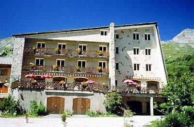 Les Agneaux Hotel (8)