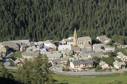 Villar d'Arène Games and Traditions (6)