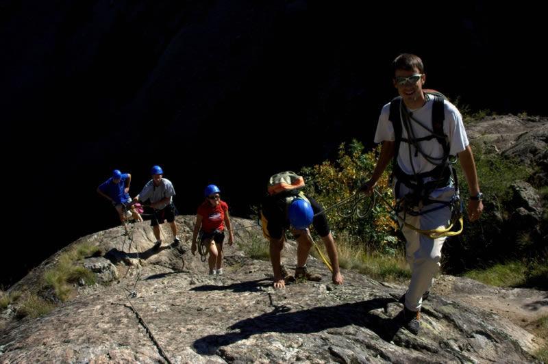 Bureau des Guides et Accompagnateurs de l'Oisans (1)